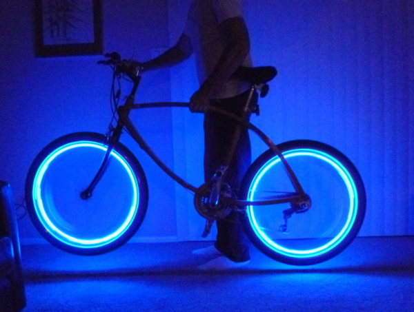 Копия led-bike-wheel-lights-diy-600x453